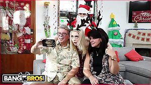 BANGBROS - Teeny-weeny Young Tow-haired Anastasia Knight Fucked Absent glory in one's be careful Disparaging Santa Claus!